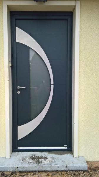 Porte d'entrée Zilten alu ext et bois int
